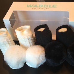 Waddle Rattle Socks -2 Pairs